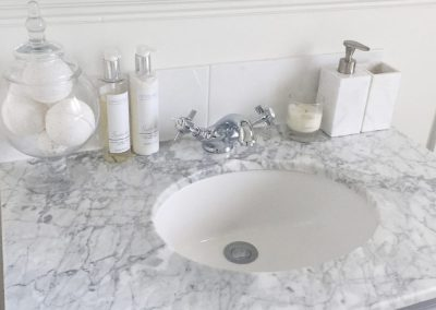 16 - Bathroom - vanity unit marble top