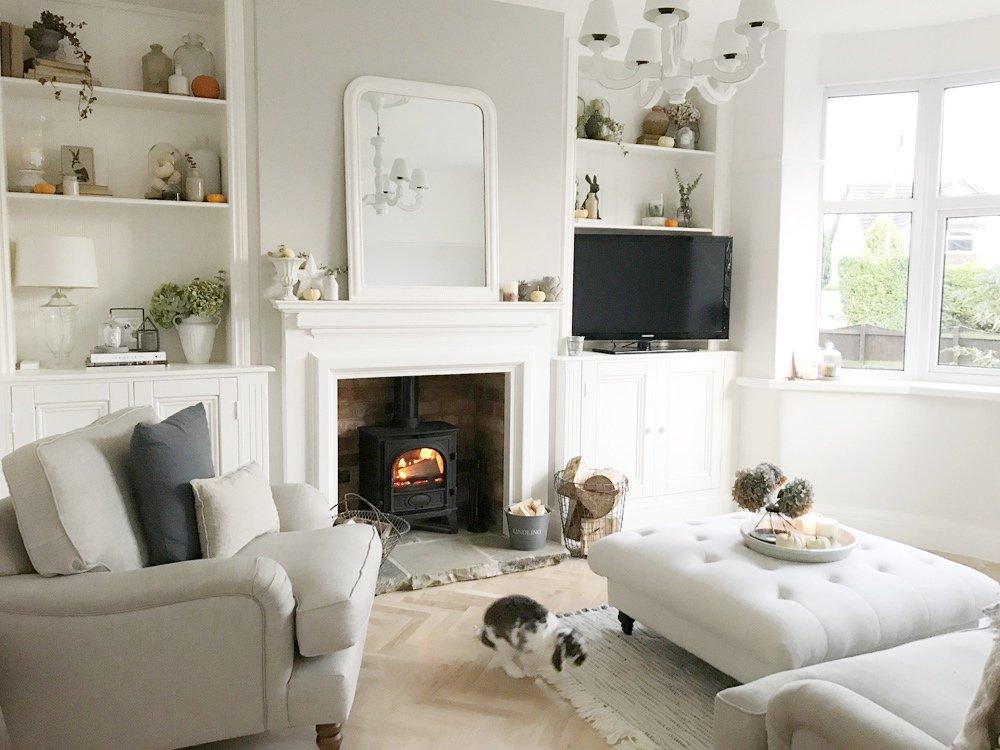 Living room complete - The Hoppy Home
